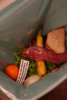 Food_waste_by_majx.saynotofoodwaste.sustainability.economy.environment.foodsecurity.health.future.