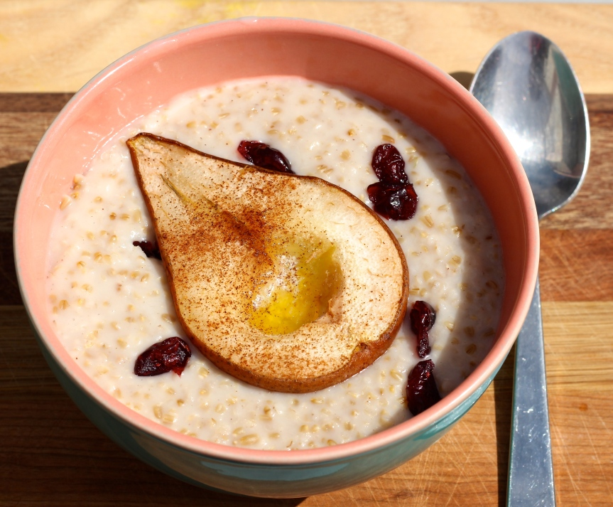 Midweek Delicacy: Coconut Steel Cut Oats & Roasted Fruit