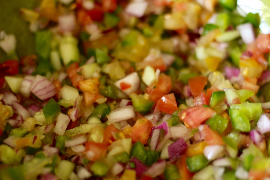 Midweek Delicacy Time:Gazpacho