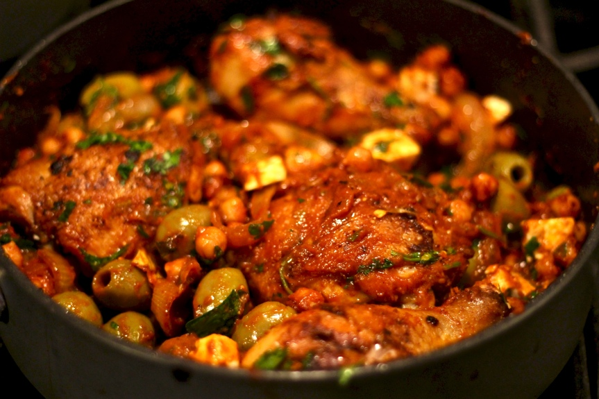 Midweek Delicacy Time: Mediterranean Pan-Roasted Chicken