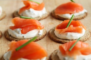 appetizer salmon canapes